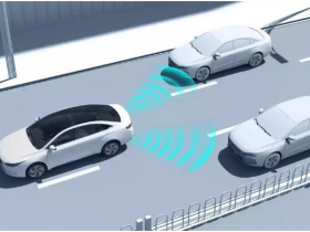 What is the difference between Geely's announcement of autonomous parking technology and AGV automatic parking?